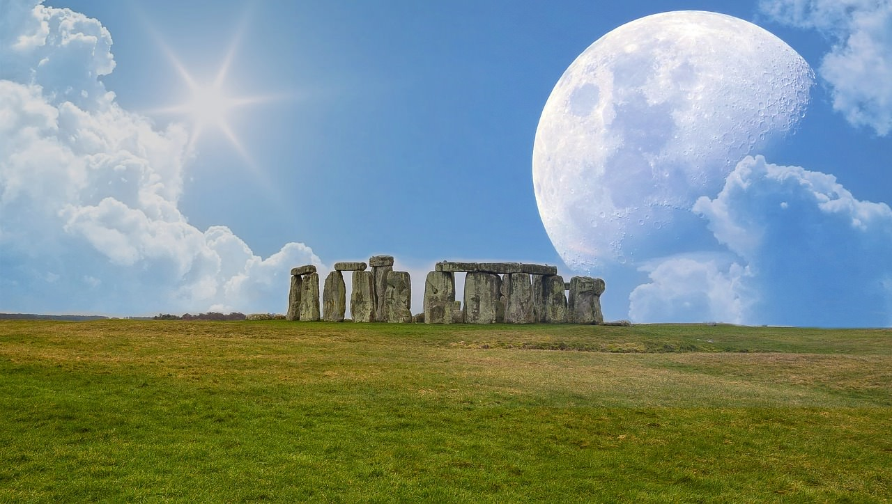 https://integralhealthshrewsbury.com/assets/images/gallery/services-9/past-life-regression-stonehenge_thumb.jpg